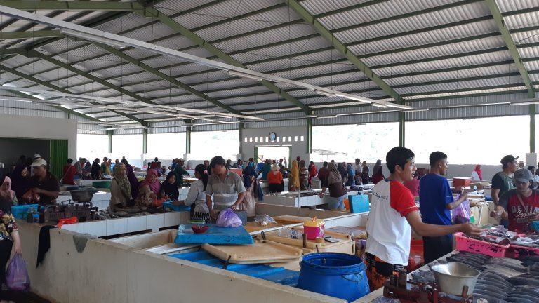 Kios Ikan Nelayan Pondokdadap